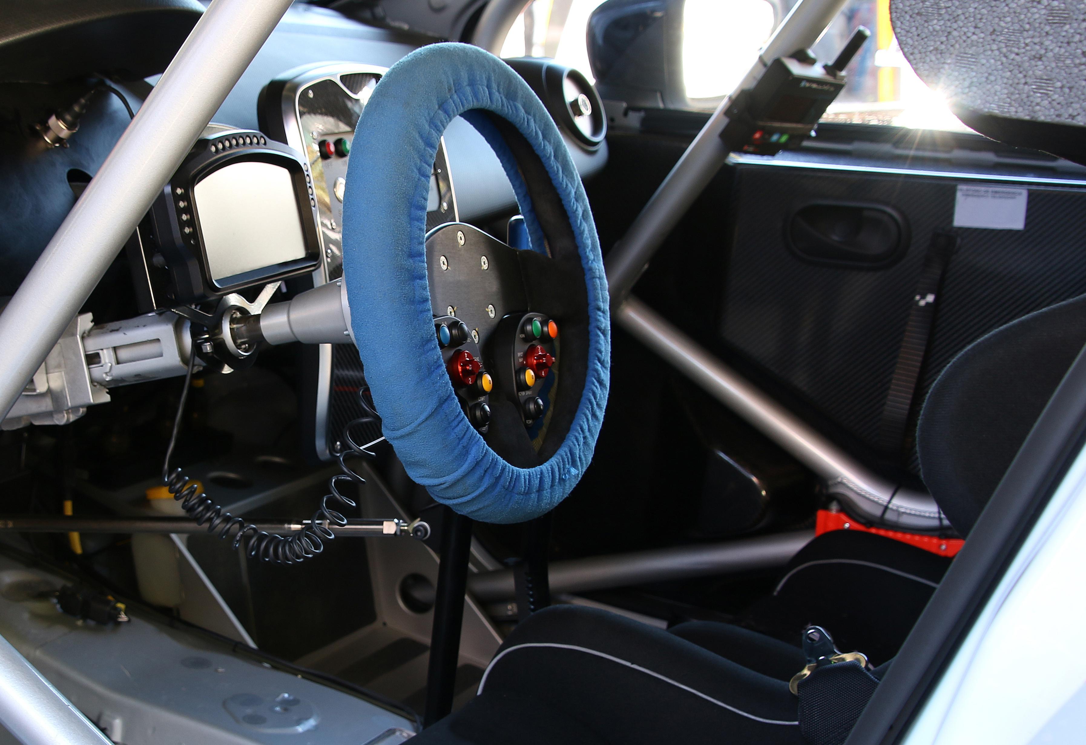 Rally-racing-car-steering-wheel